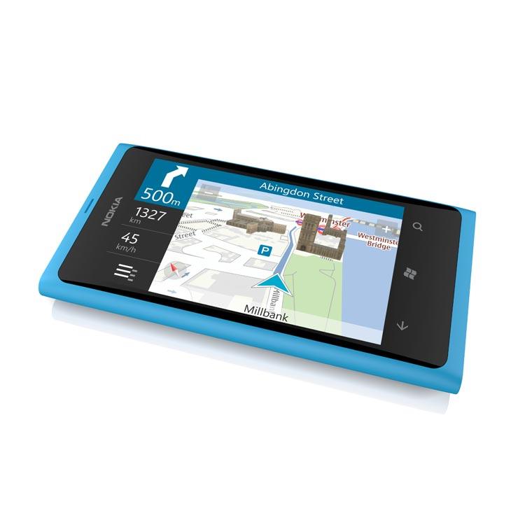 Nokia Lumia 800 con Windows Phone