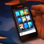 Video Mozilla y su sistema operativo Boot to Gecko demostrado en 2 telefonos
