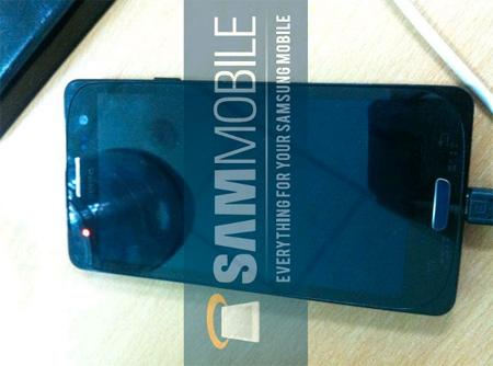 Samsung Galaxy S3 nuevas fotos con su pantalla redondeada