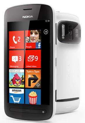 Nokia PureView 808 con Windows Phone boceto