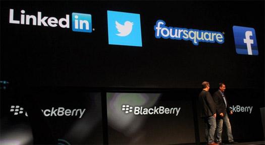 BlackBerry 10 con Facebook, Twitter, LinkedIn y Foursquare llegará a principios del 2013