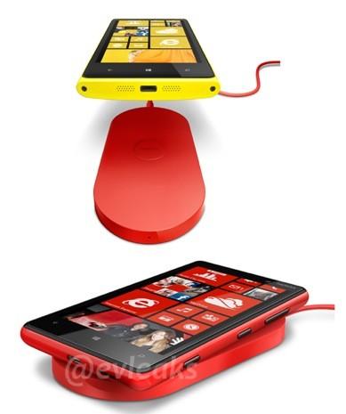 El Nokia Lumia 920 y 820 con cargador inalámbrico fotos oficiales