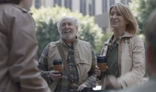 Samsung se burla del iPhone 5 en nuevo comercial