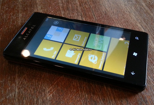 Alcatel One Touch View con Windows Phone 7.8