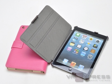 iPad mini maqueta dummy con funda accesorios