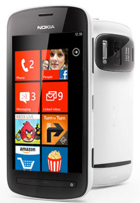 Nokia 808 PureView con pantalla Windows Phone
