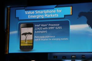 Intel Yolo smartphone para África