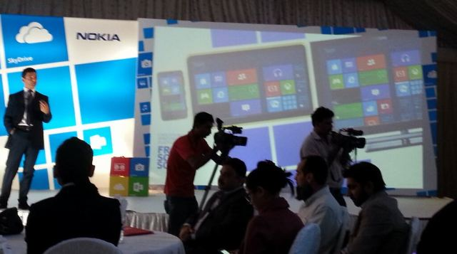 Nokia Windows RT Tablet rumor en presentación