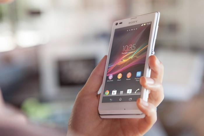 Sony Xperia L en las manos