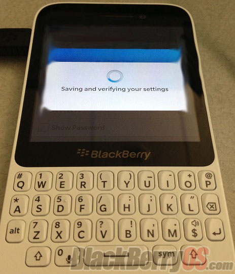 BlackBerry 10 R-Series con Qwerty