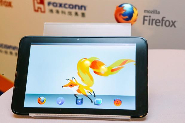 Mozilla muestra una tablet con Firefox OS junto a Foxconn