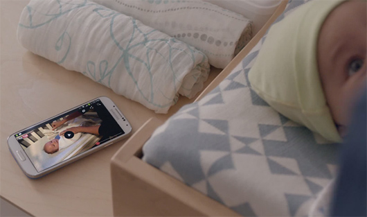 Video comercial Galaxy S4 papá con bebé