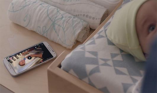 Video comercial Galaxy S4 papá con bebé