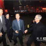 Tim Cook visita China para hablar del iPhone con las compañías telefónicas