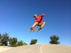 Apple iPhone 5S ejemplo foto skate saltando