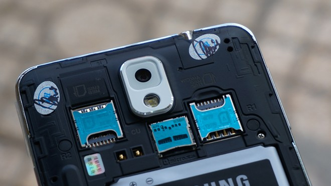 Samsung Galaxy Note 3 dual-SIM ranuras interior