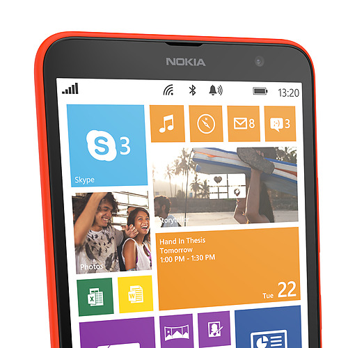 Nokia Lumia 1320 Live Tiles
