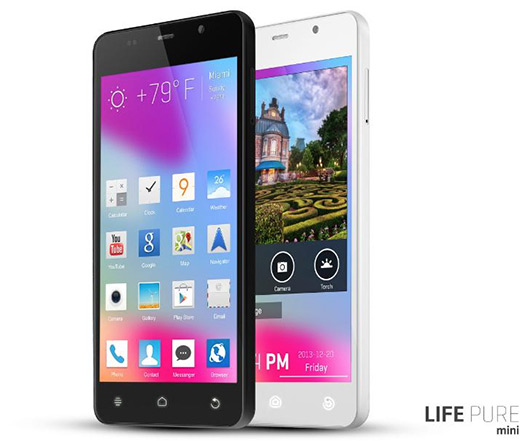 Blu Life Pure Mini con pantalla HD IPS OGS