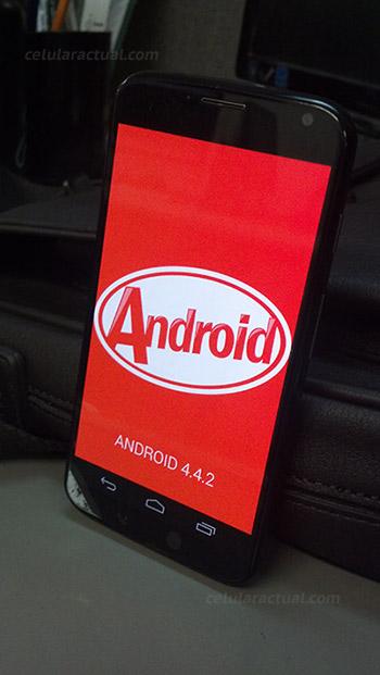 Moto X desbloqueado recibe Android 4.4 KitKat en México
