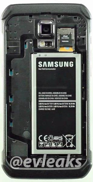 Samsung Galaxy S5 Active frente interior con batería