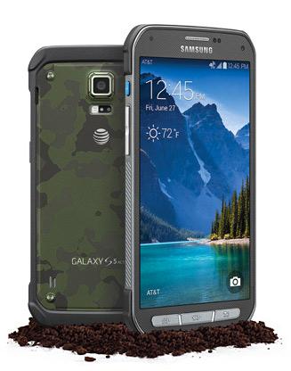 Samsung Galaxy S5 Active pantalla y cámara sobre tierra