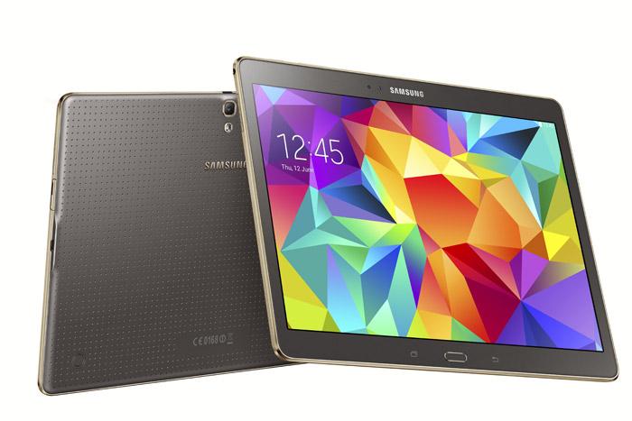 Samsung Galaxy Tab S 10.5 bronce pantalla y cámara trasera amplia