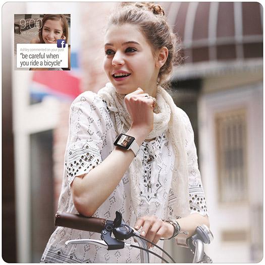 LG G Watch color  Blanco Oro estilo de vida