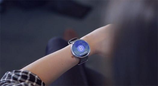 Video del Moto 360 con Android Wear