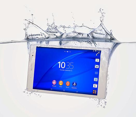 Sony presenta la Xperia Z3 Tablet Compact dentro del agua
