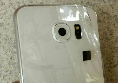 Samsung Galaxy S6 detalle cámara trasera
