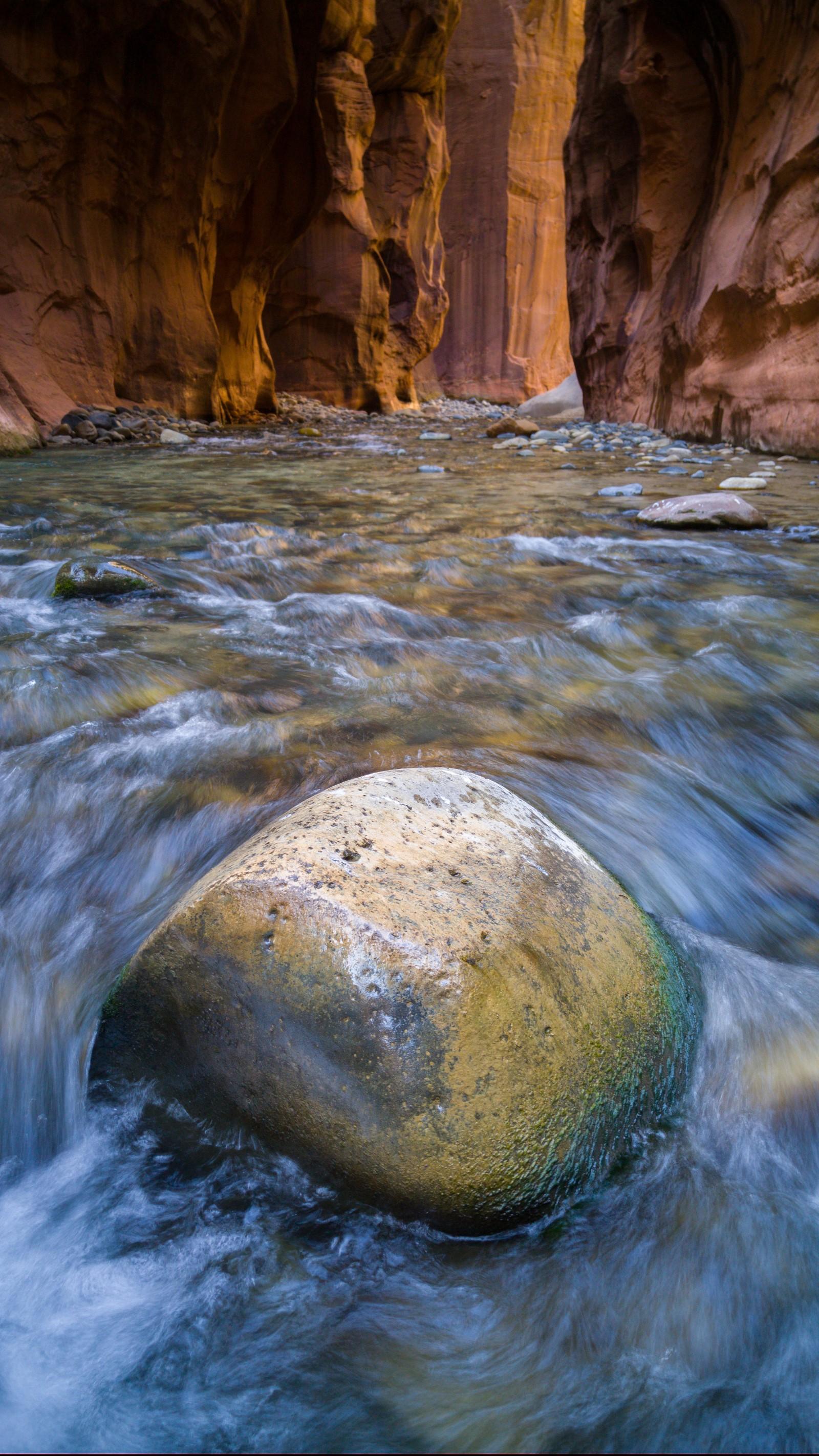 LG G4 ejemplo de foto río roca