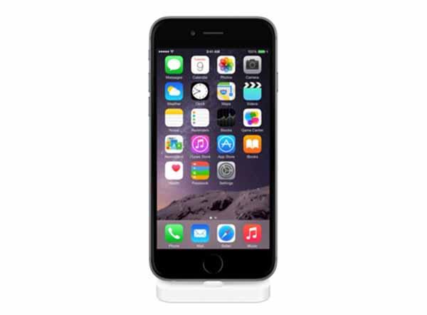 iPhone 6 con Lightning Dock