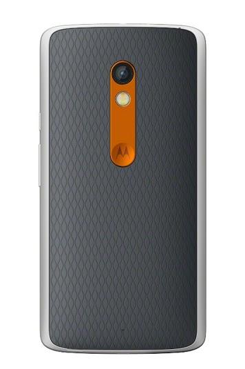 Moto X Play vista posterior