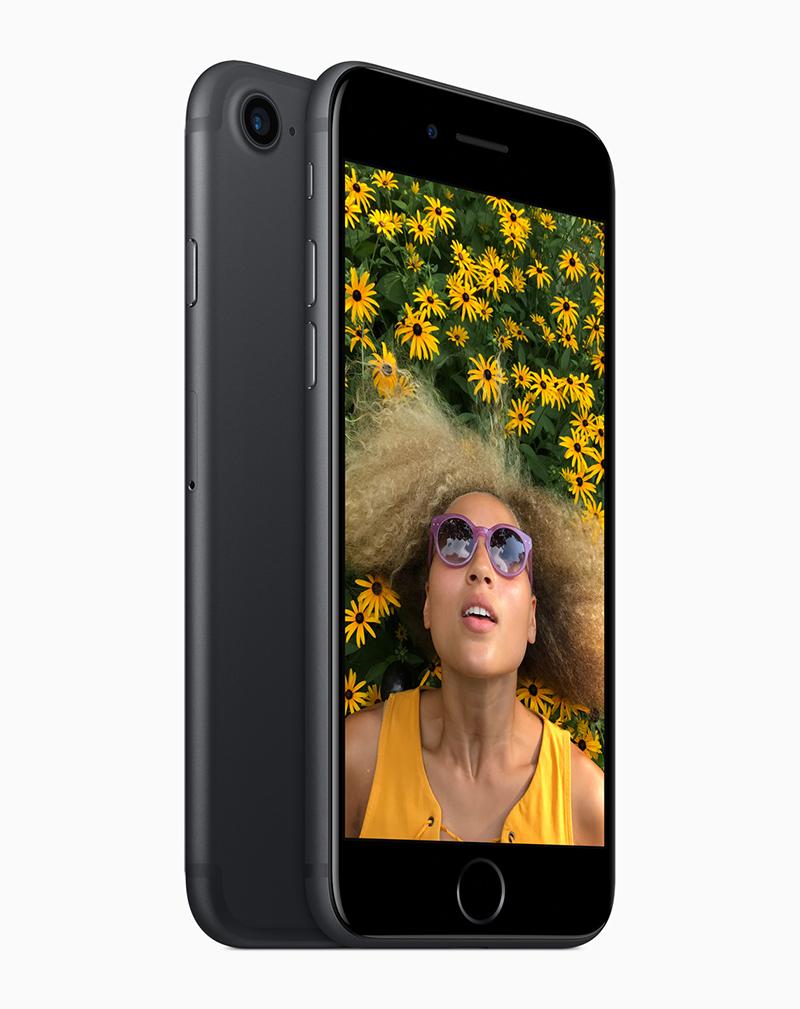 iPhone 7 y iPhone 7 Plus pantalla Retina HD