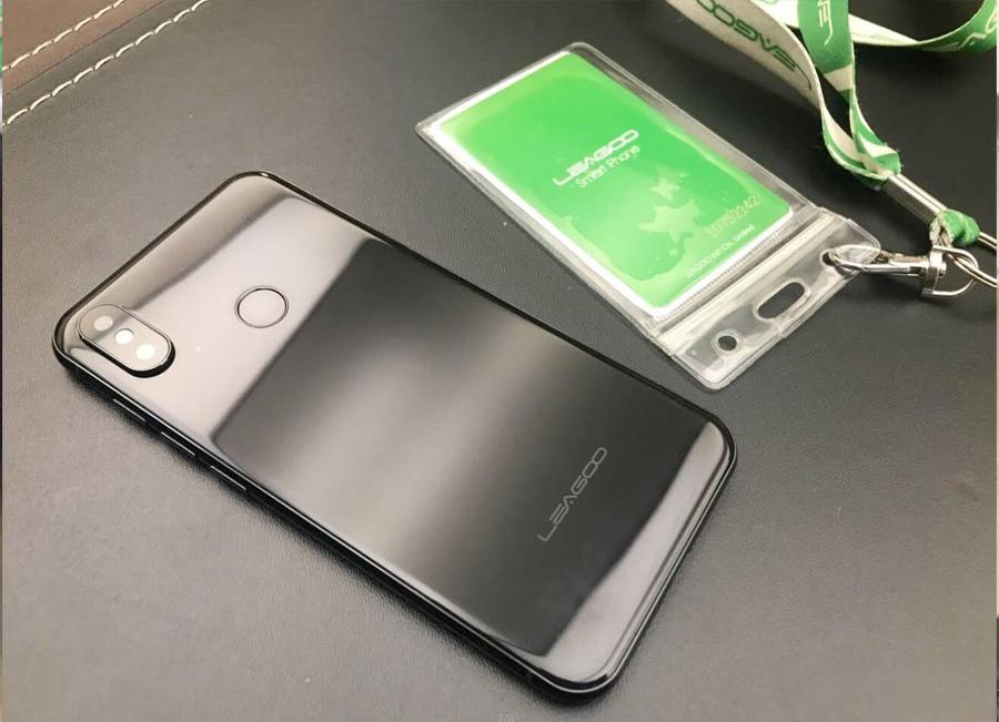 Leagoo S9 pantalla completa parte posterior