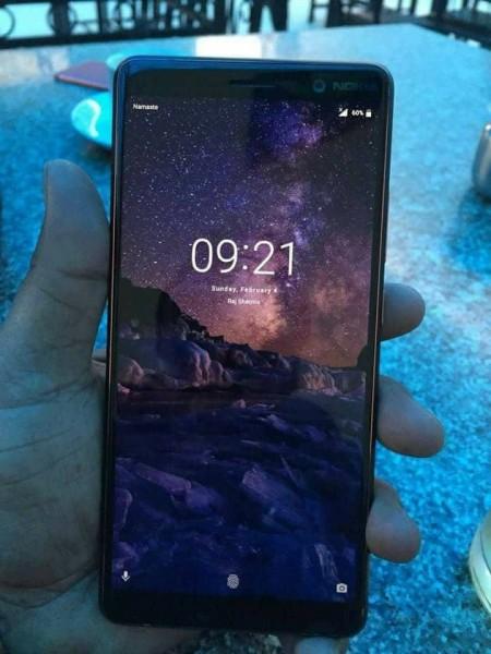 Nokia 7 Plus fotografiado en directo