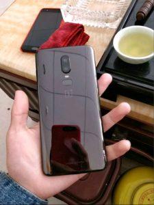 OnePlus 6 posterior