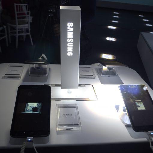 Galaxy Tab Active 2 estand