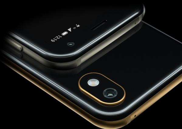 PALM mini smartphone 2018, cámara posterior y frontal