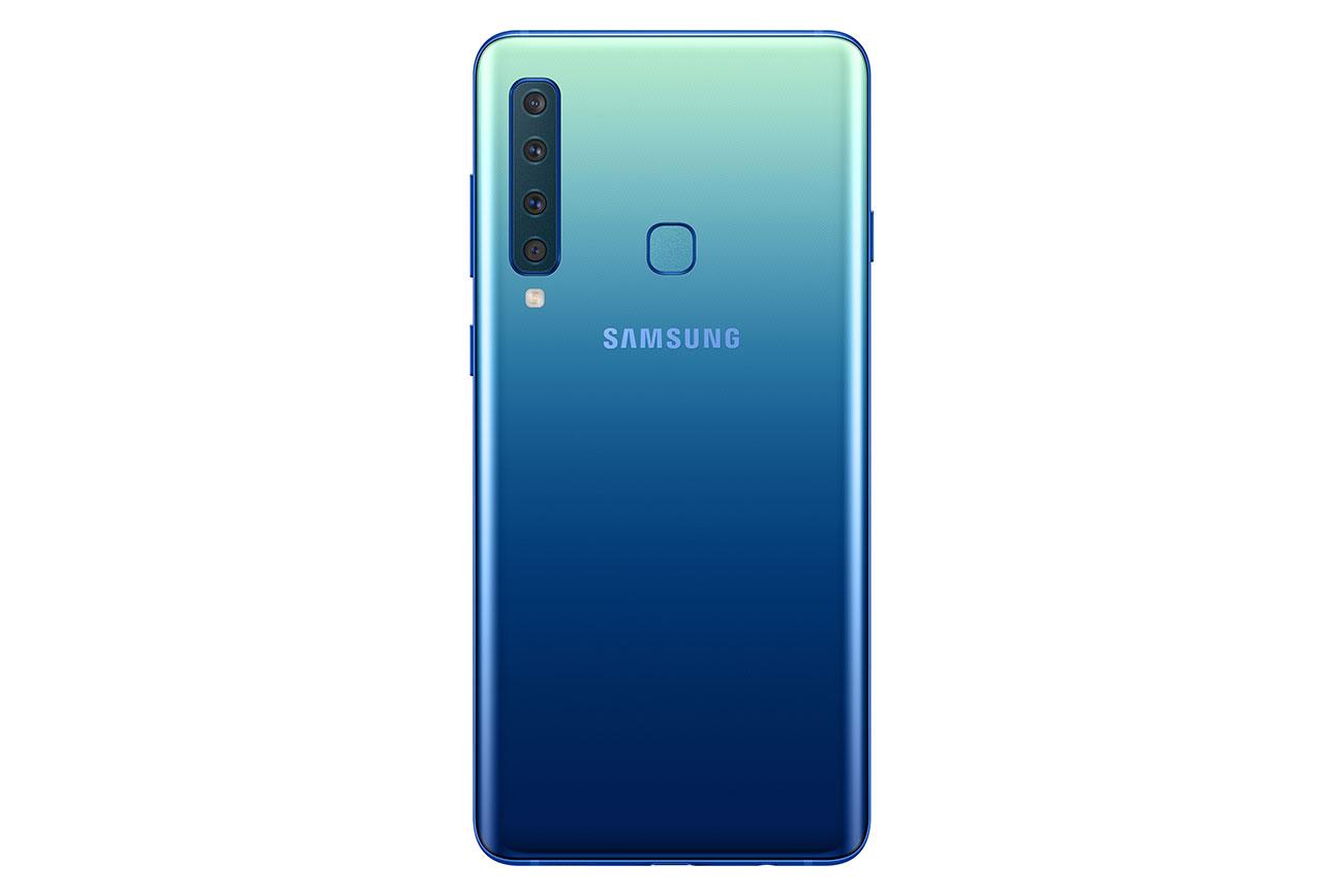 Samsung Galaxy A9 2018 cuatro sensores en la parte posterior color azul especial