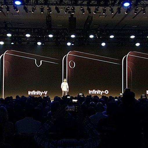 Samsung nuevas pantallas Infinity con huecos y con notch