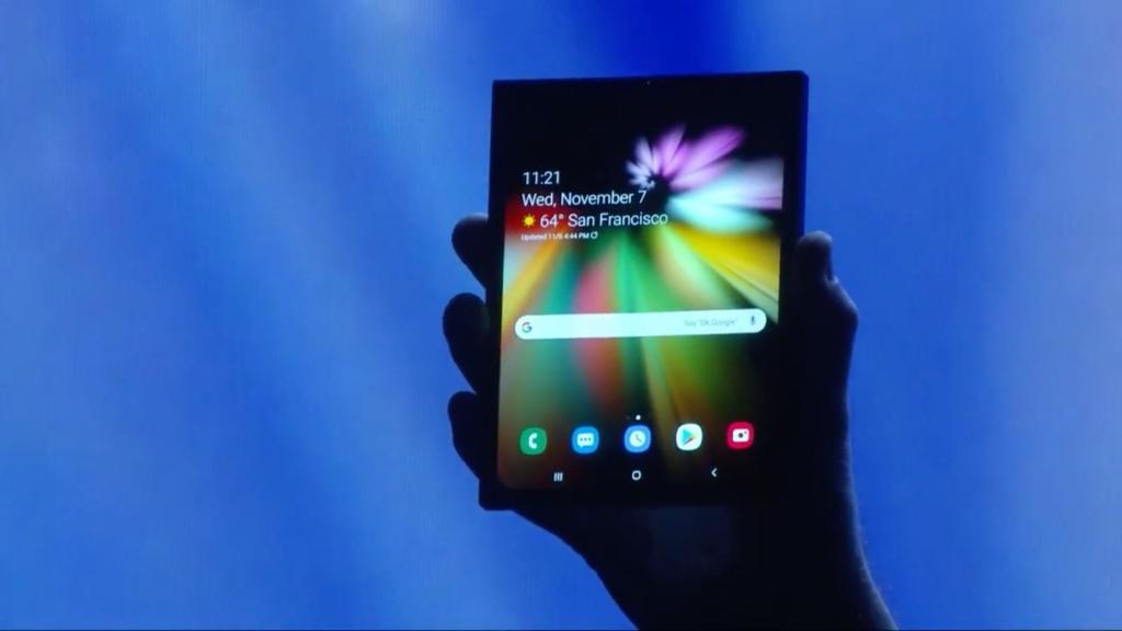 Samsung Infinity Flex Display ¿cómo funciona? - Dispositivo con la pantalla desplegada para su uso como tablet