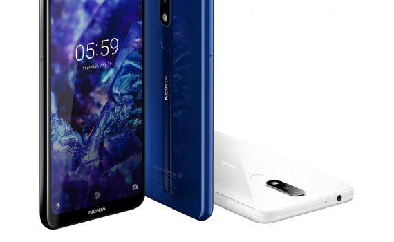 Nokia 5.1 Plus color azul y blanco